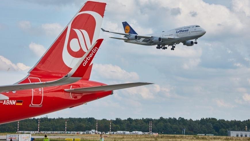 AirBerlin am Boden - Lufthansa hebt ab