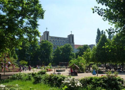 Klausenerplatz: Grünanlage mit Spielplatz