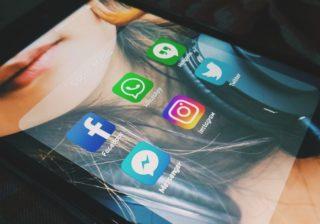 Social Media: Facebook & Co.