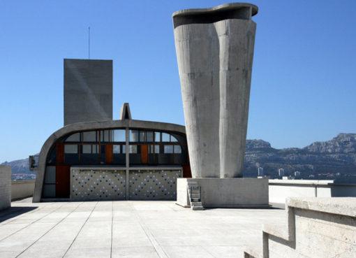 """Prototyp eines neuen Wohnens: Le Corbusiers """"Cité Radieuse"""" (""""leuchtende Stadt"""") im Süden Marseilles."""