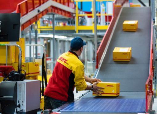 Packzentrum von DHL Express Deutschland