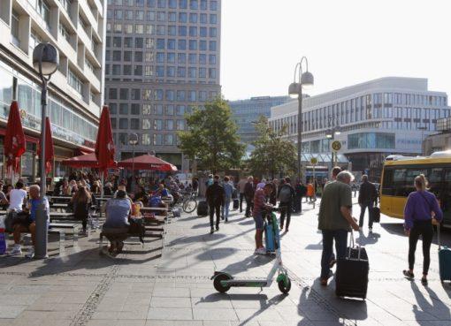 Hardenbergplatz: e-Scooter