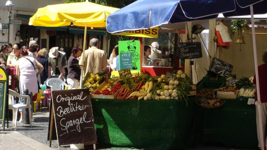 Wochenmarkt Karl-August-Platz